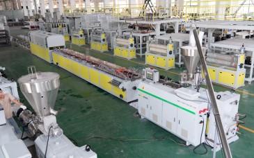 WPC 木塑门框生产线